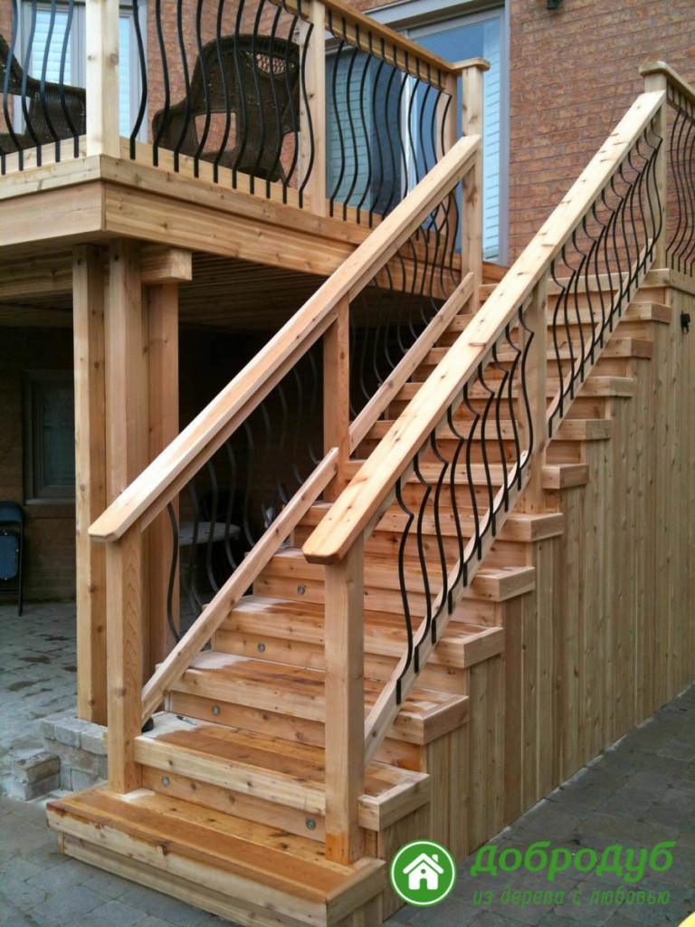 Деревянные наружные лестницы